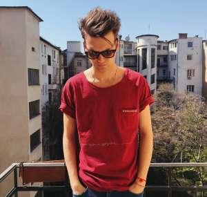 Blahalouisiana - LIMITÁLT hímzett unisex póló